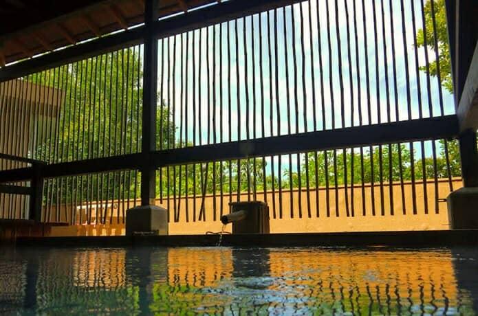 赤尾ホテル 庭園大浴場