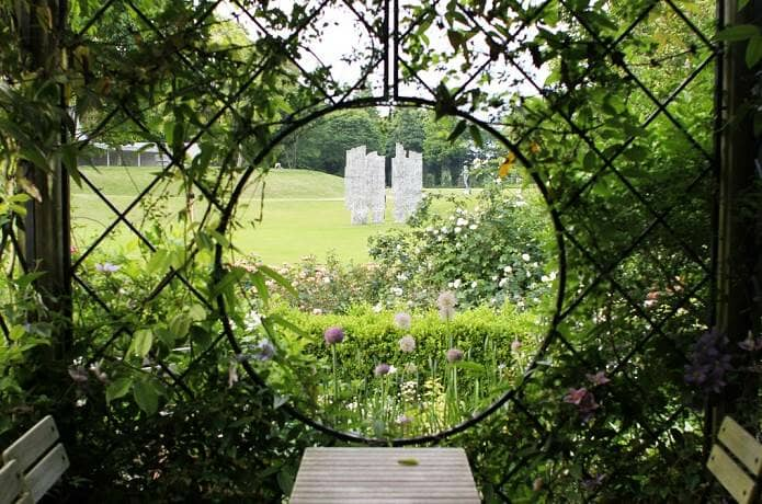 クレマチスの丘の庭