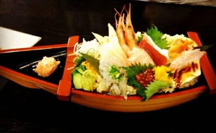 入船伊東駅前の海鮮丼の画像