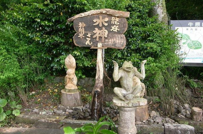 神社 木造彫刻1