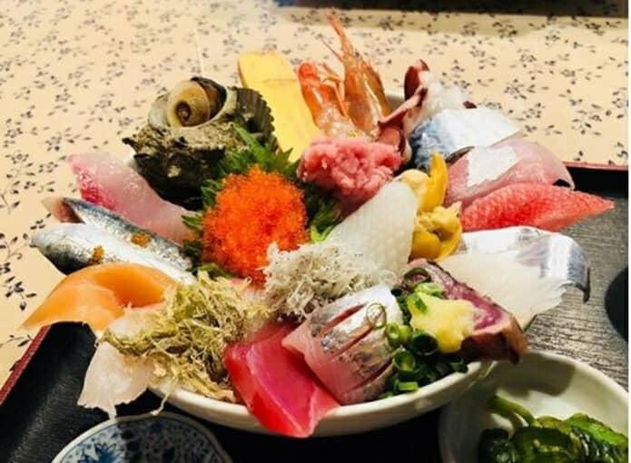味の店五味の海鮮丼の画像