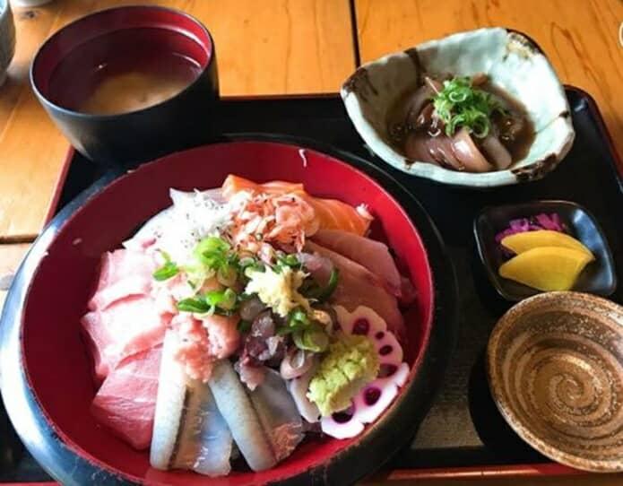 囲炉茶屋の海鮮丼の画像