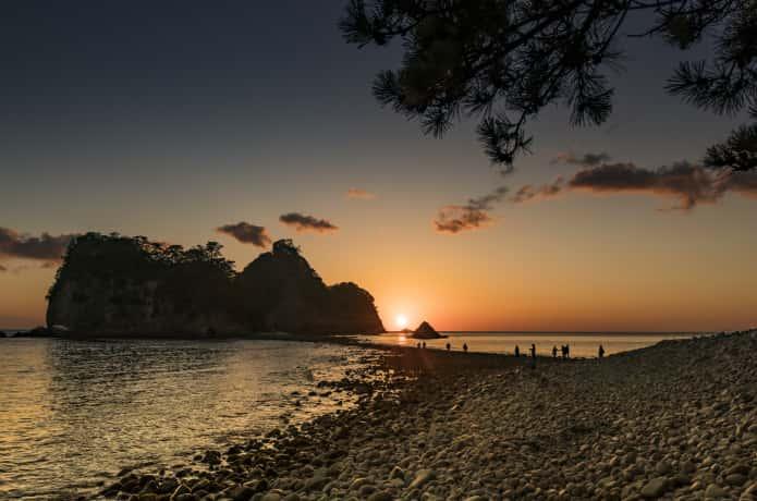 三四郎島と夕日