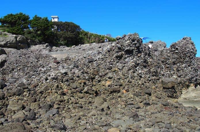 恵比須島 海底火山の名残