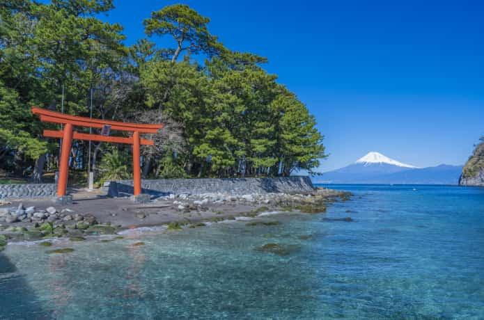 御浜岬と諸口神社