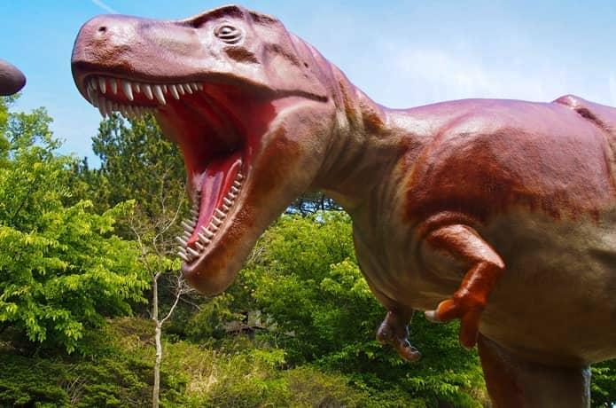 小室山 恐竜広場のティラノサウルス