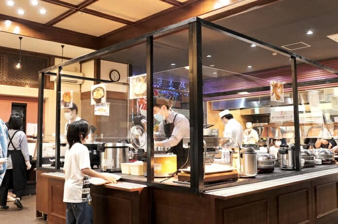 赤尾ホテル レストラン オープンキッチン